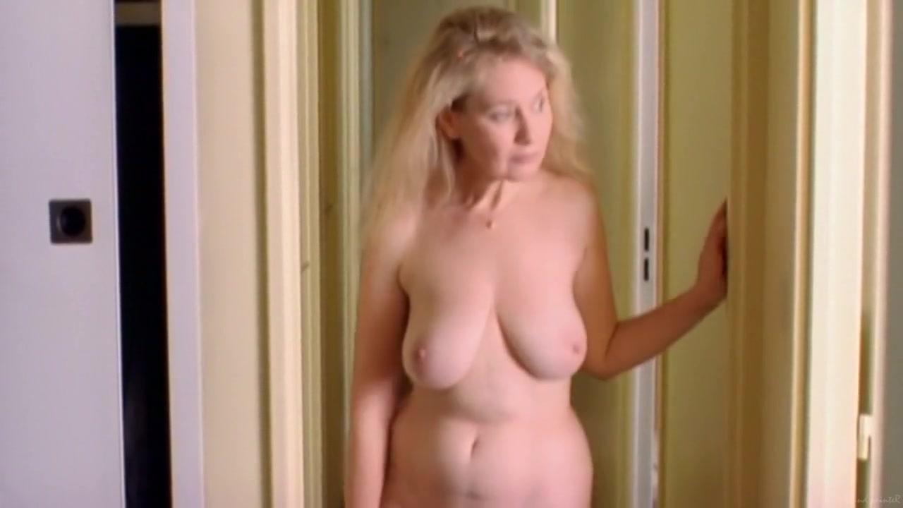 Hentai Threesome With Hermaphrodite XXX Video
