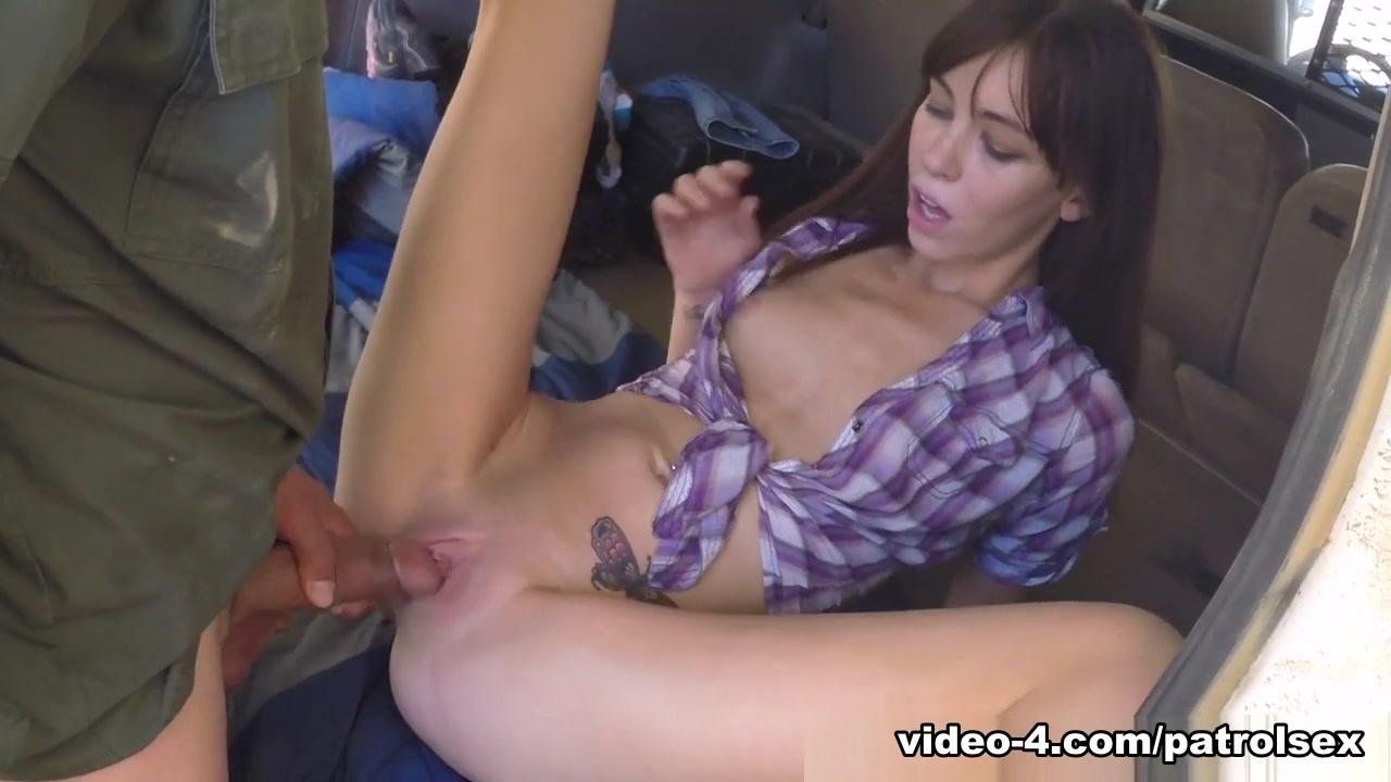 XXX Video Mia fisting videos