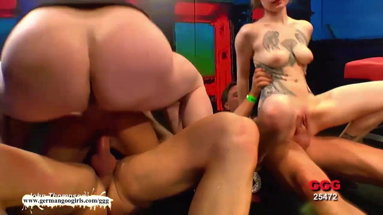 Hot porno Tell if she likes you