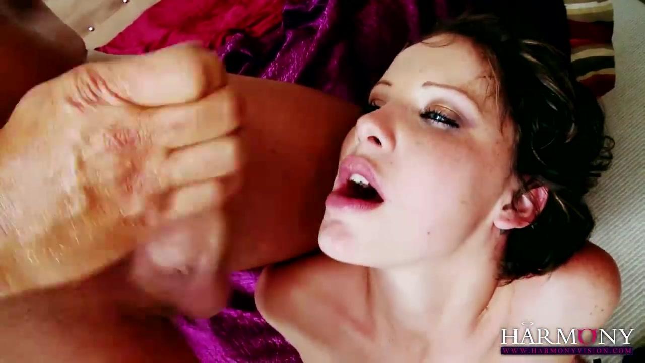 Hot Nude Amateur swinger bi foursome
