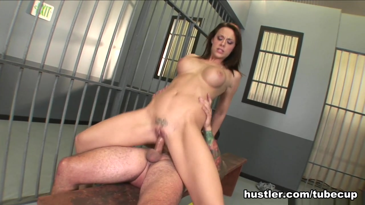 Porn clips Female domination beat down