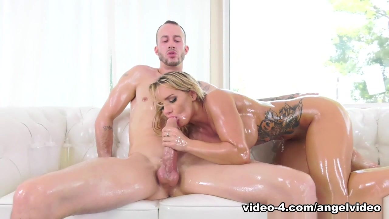 Crazy pornstar Cali Carter in Fabulous Big Tits, Tattoos xxx clip Girls sucking at beach porn