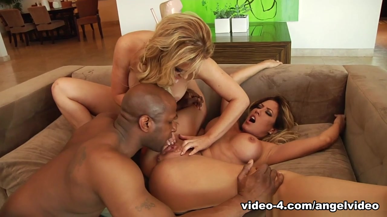 Best pornstars Cherie Deville, Capri Cavanni in Incredible Facial, MILF sex movie peter griffin and lois having sex