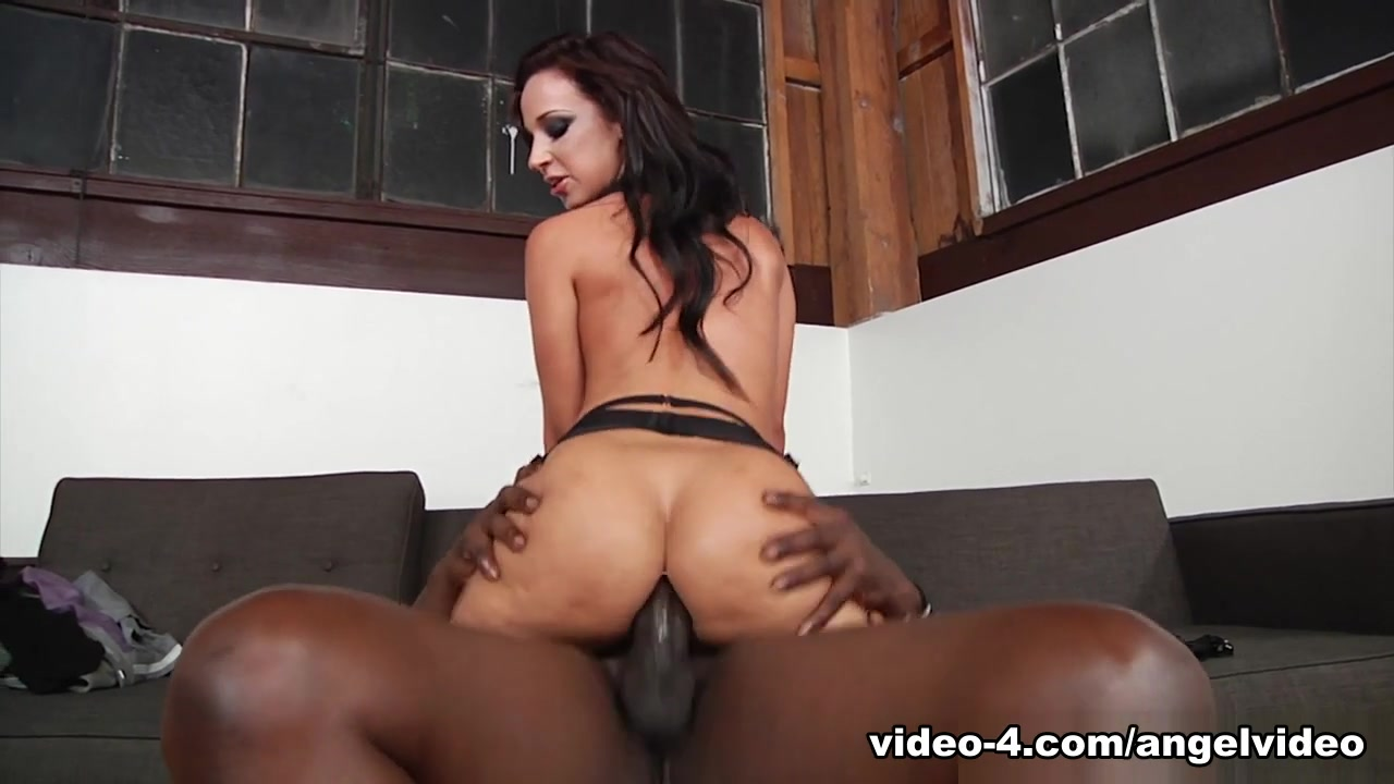 Porn pictures Indian porn star naked
