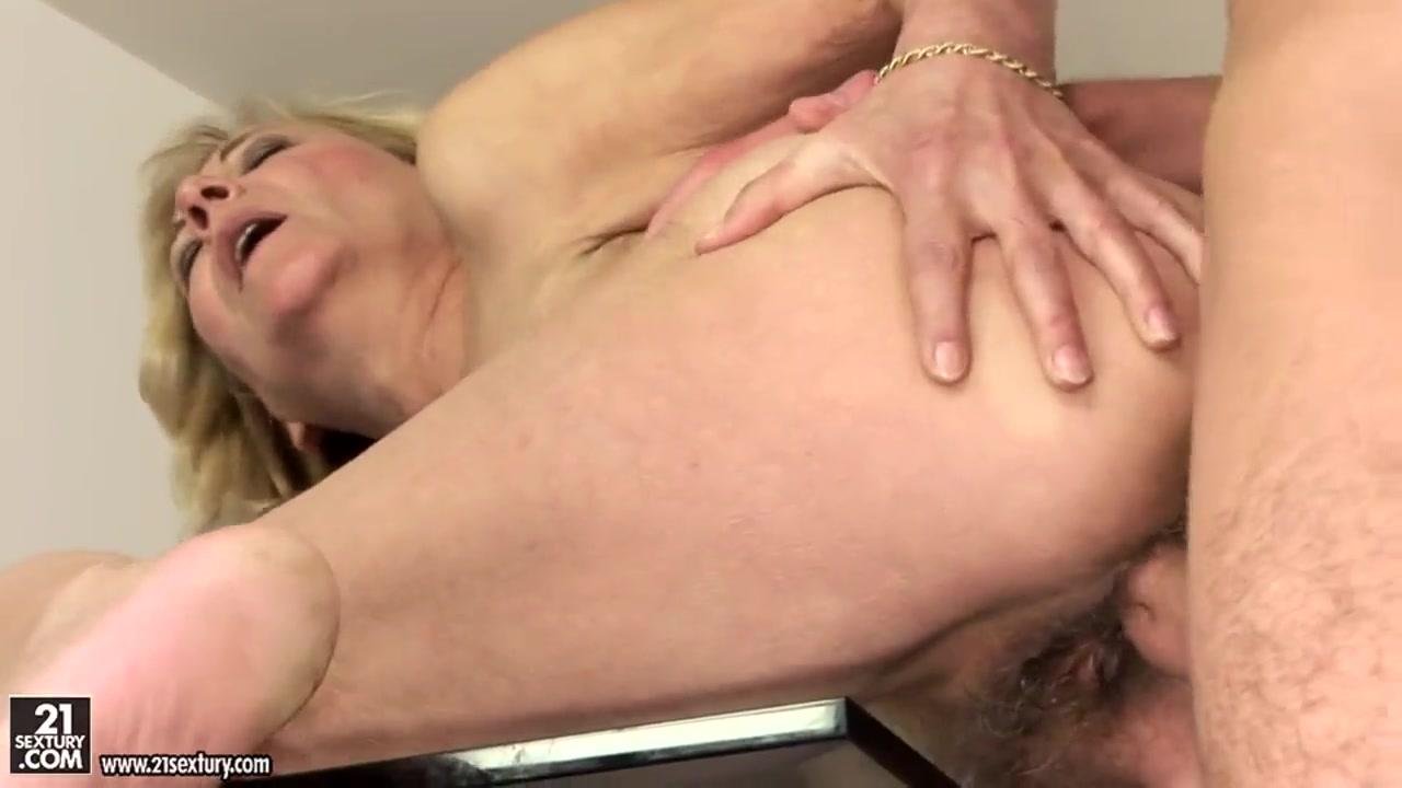 I caught my girlfriend having sex Naked Porn tube