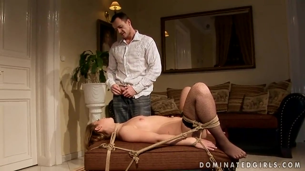 Naked xXx Slave beat and anal