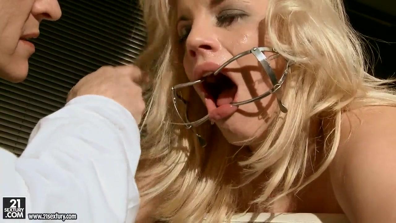 Alison Tyler lusty cock sucking scene Adult sex Galleries