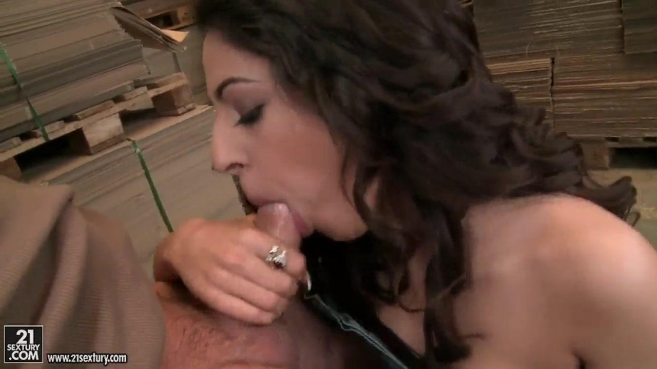 Excellent porn Brooklyn beckham and chloe moretz confirmed dating games