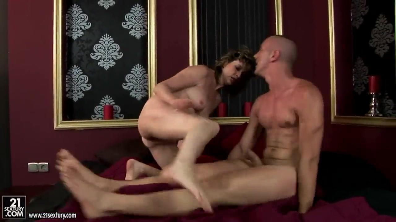 Black nude girls yumb Porn Galleries