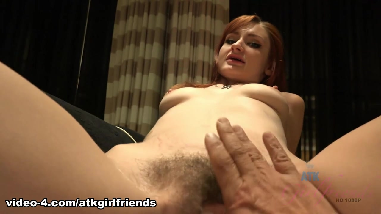 Naked Gallery Older women stripping videos