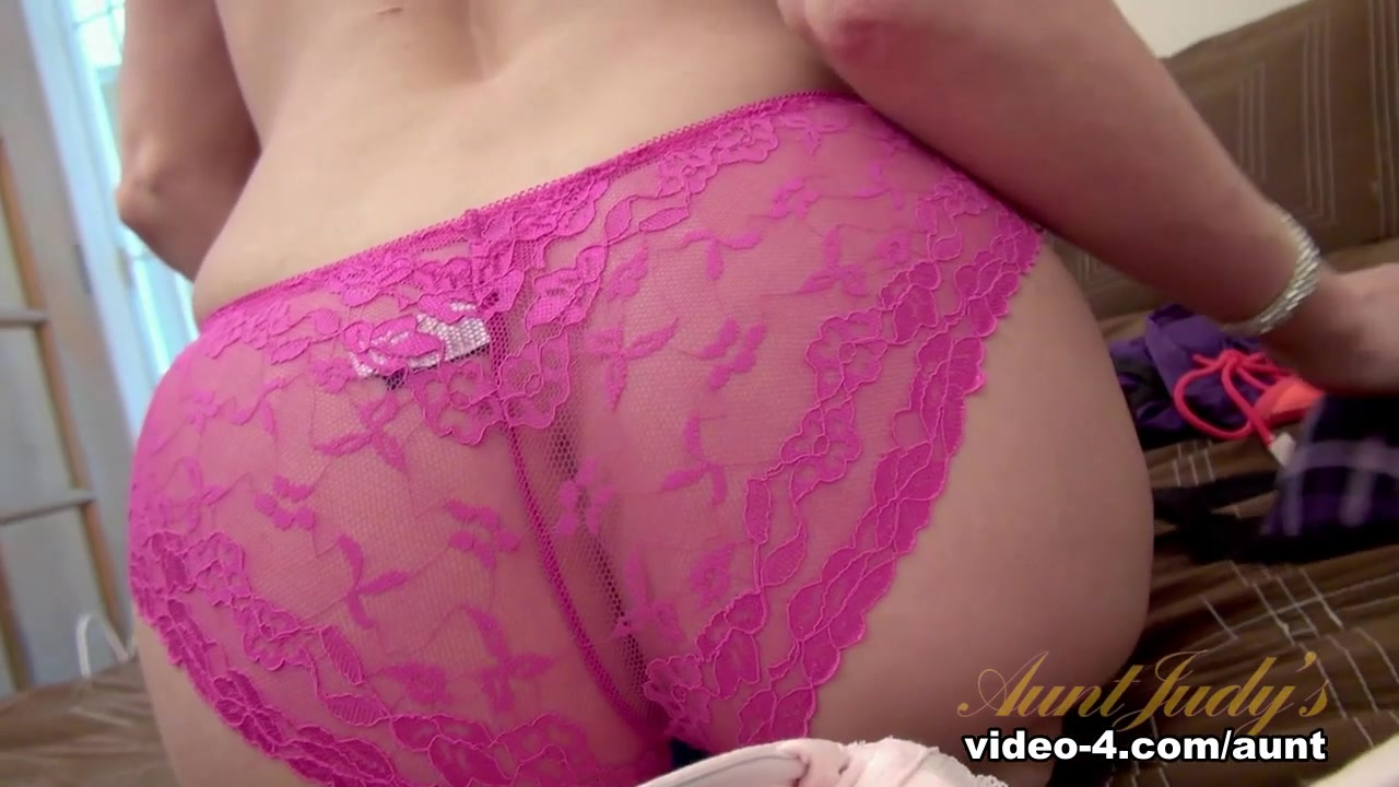 by powered transexuales vbulletin Porn clips