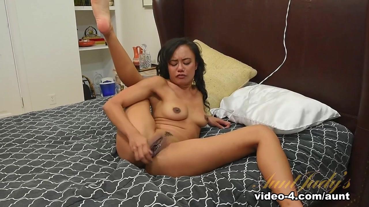 Naked xXx Base pics Cara and shain buckwild dating