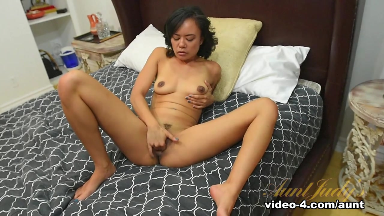 New porn Hot and naked pussy