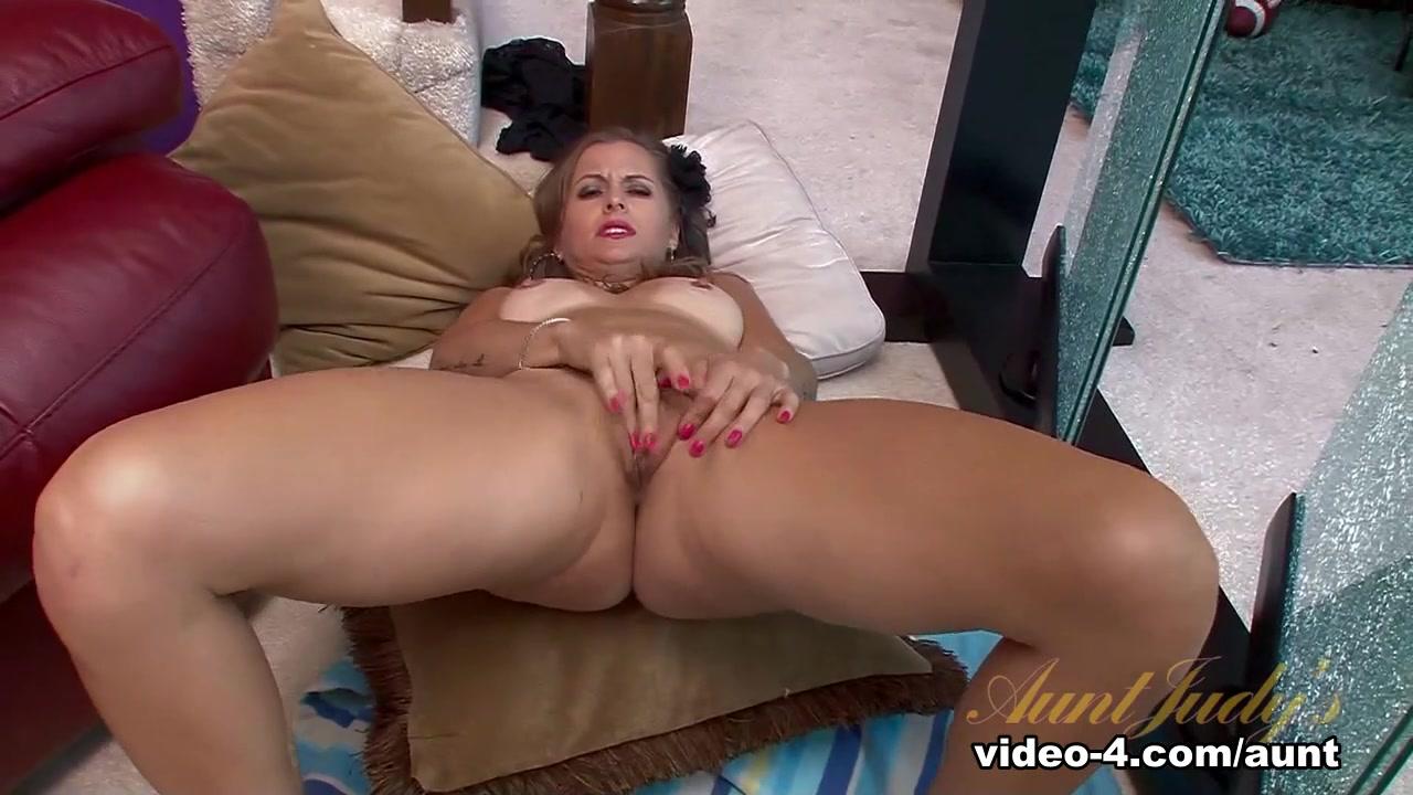 Sexy Photo Bakbenodigdheden online dating