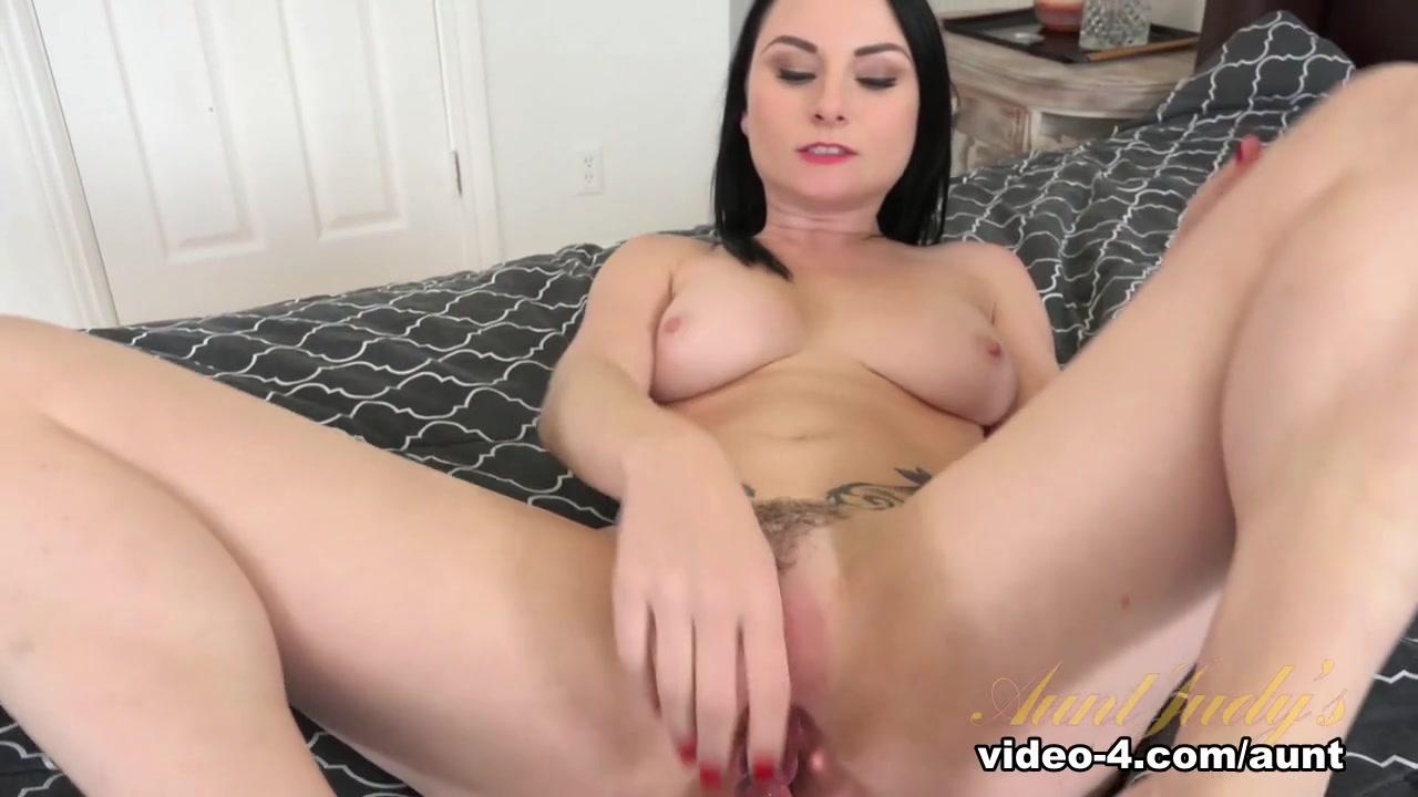 Sexy amateur wife pictures Excellent porn