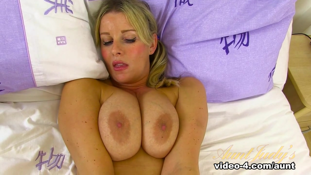 Amazing pornstar in Fabulous Big Tits, Masturbation sex clip Pussy On Pussy Rubbing