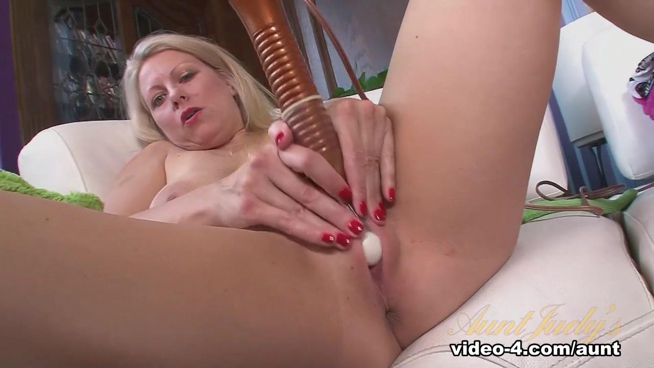 Hot Nude Anna kournikova camel toe