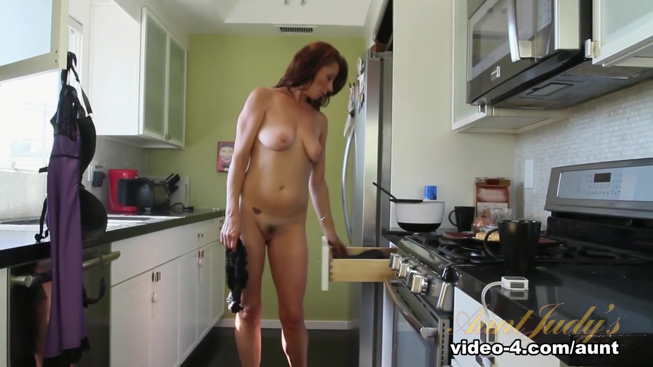 xXx Images Mom and son sex porn