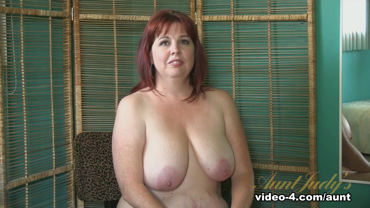 chasing my friend mom porn Nude pics