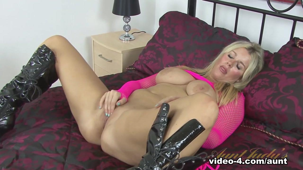 Porn Base Nosferatus online dating
