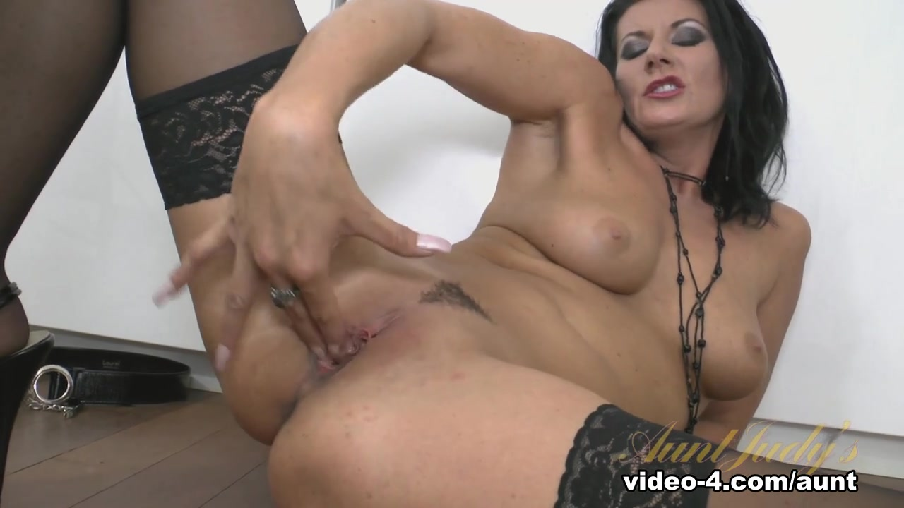 xXx Galleries Escort paris fist
