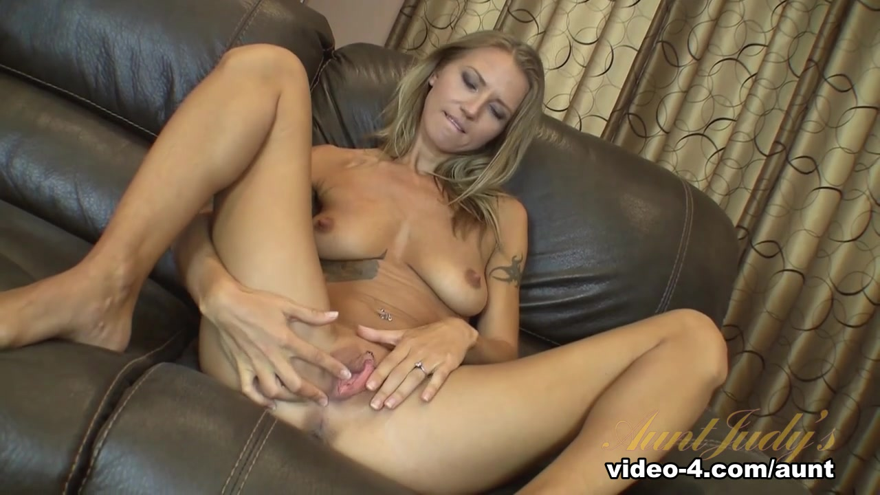 Giant tits deepthroat titfuck video Nude 18+
