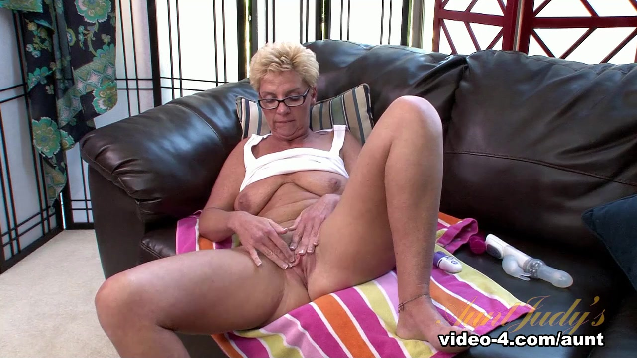 Adult videos Pleasures of a bj