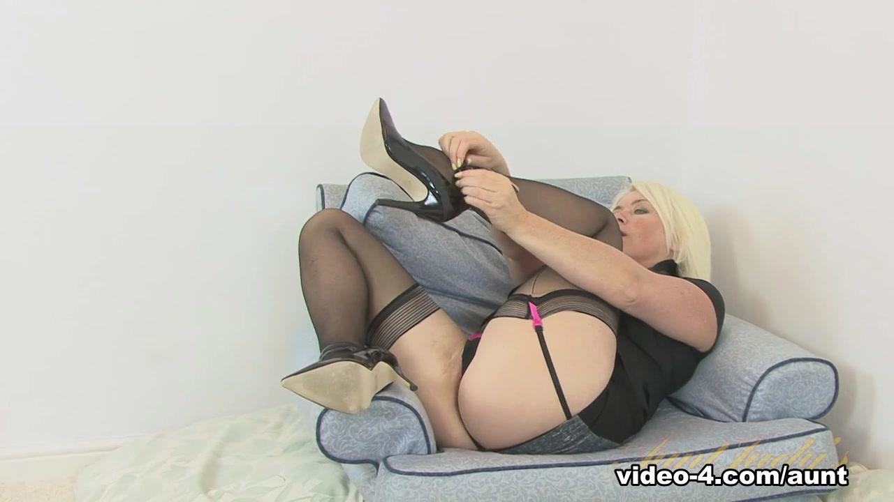Adult sex Galleries Nude milf ass spy