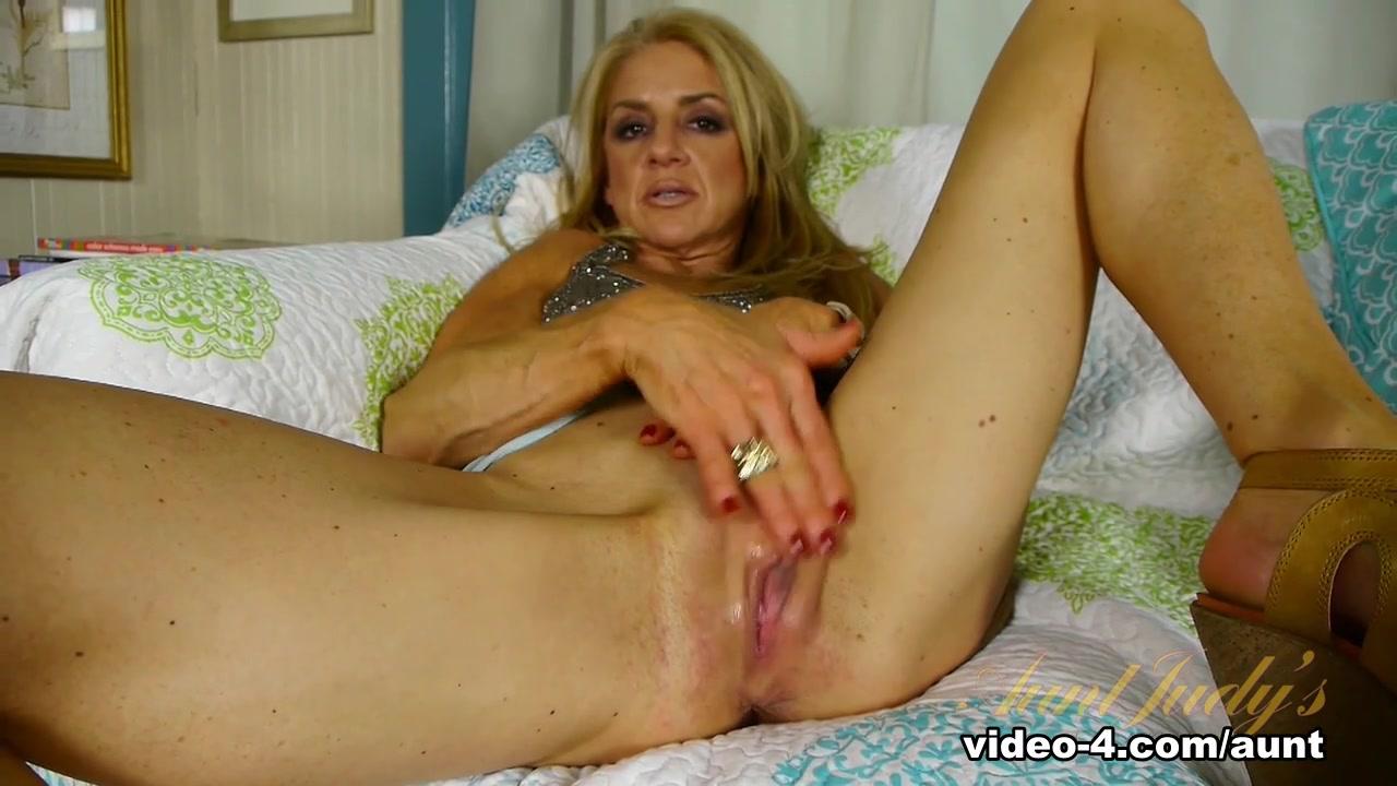 my sexy latina Nude photos