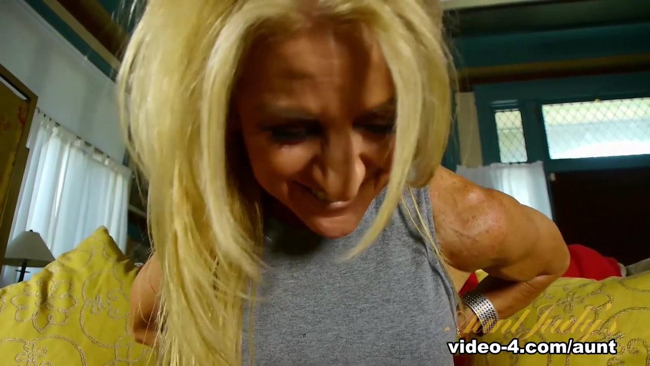 XXX Video Tastebuds dating website
