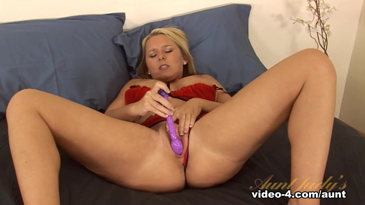 Horny college men New xXx Video