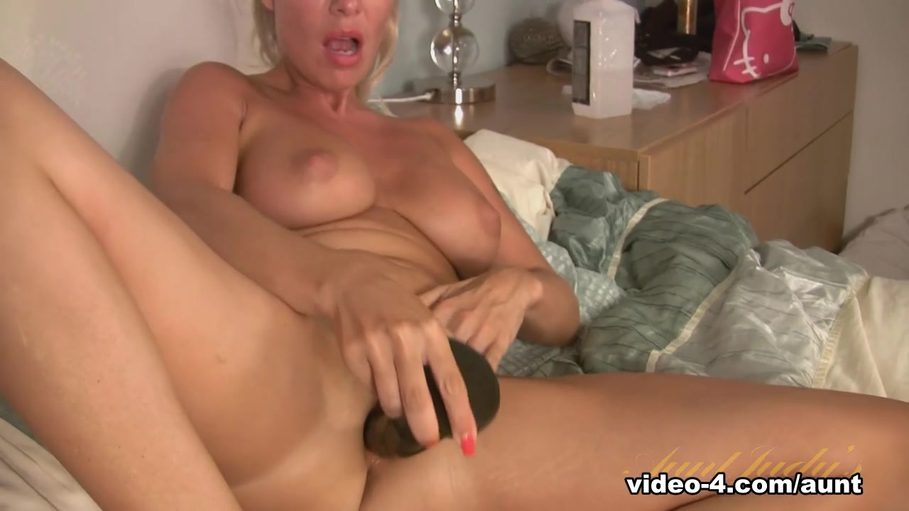 Exotic pornstar in Fabulous Dildos/Toys, Masturbation adult scene