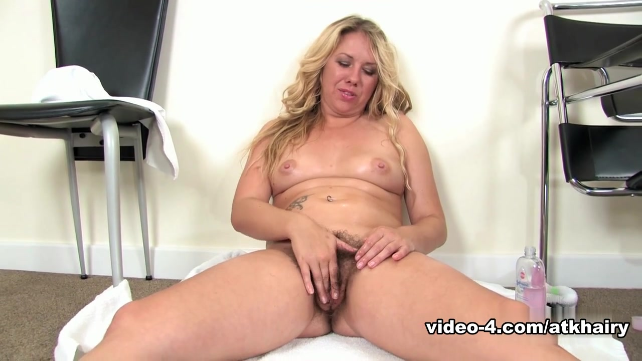 finger my pussy audition Nude gallery