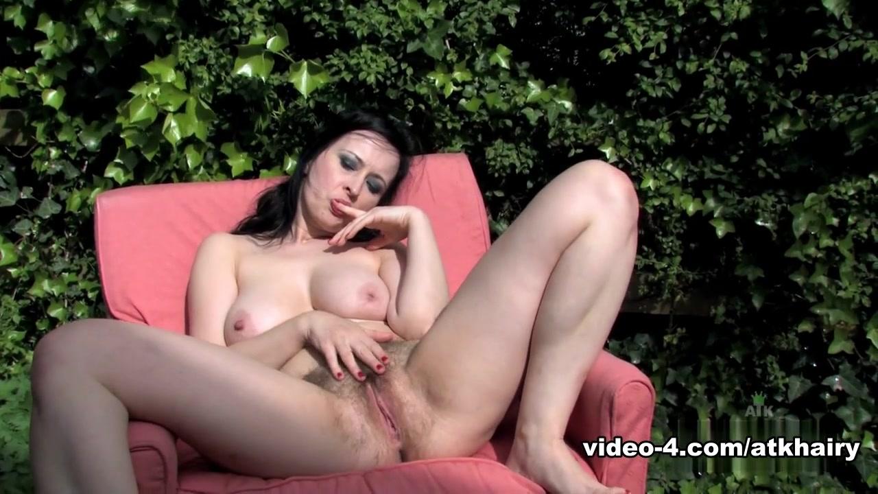 Porn clips Eydhafushi online dating