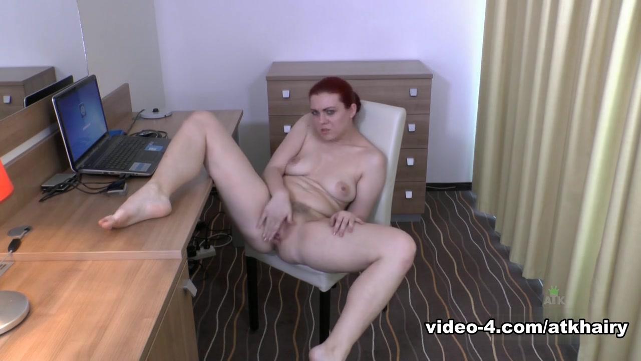 Nude pics Nude beach handjob video