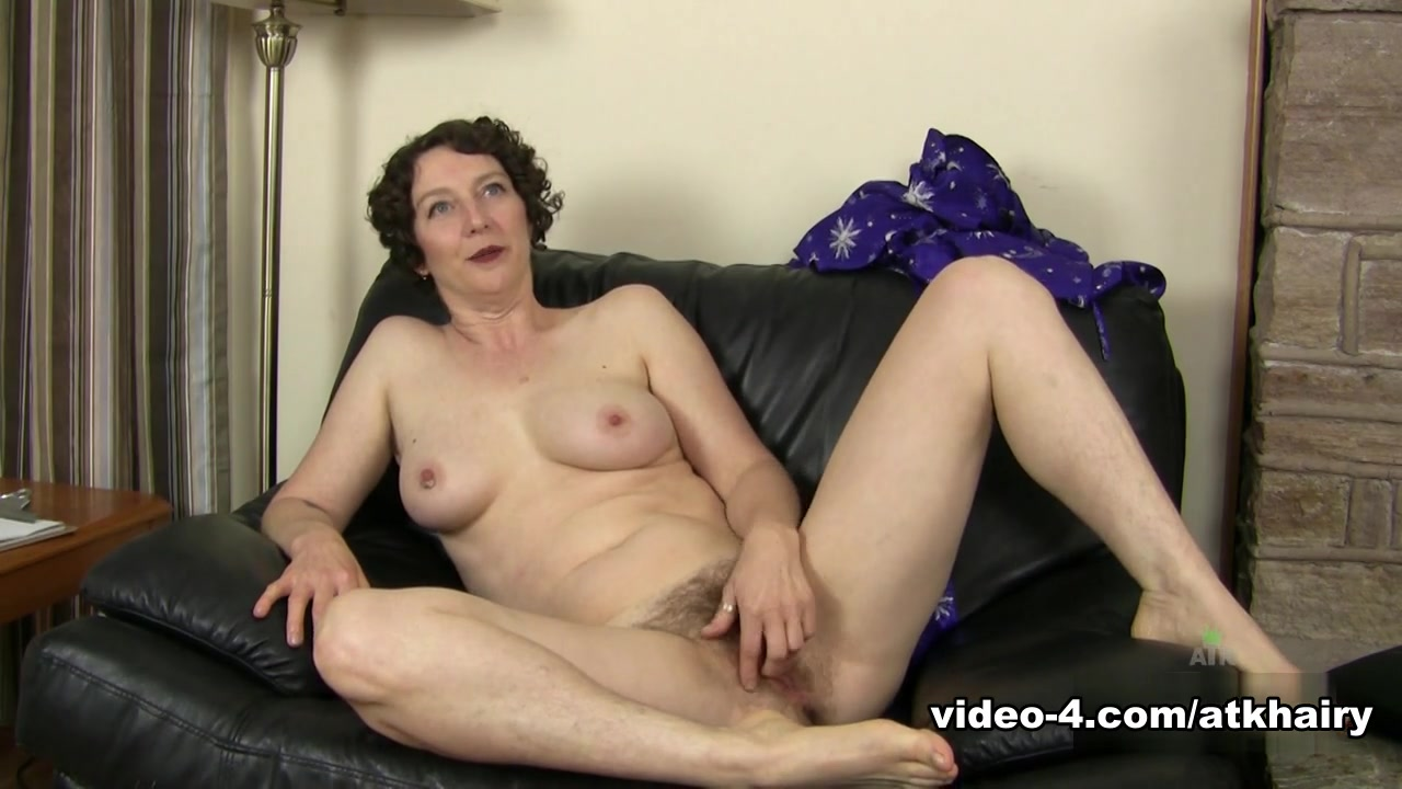 Hot Nude Milfs getting anal fucked