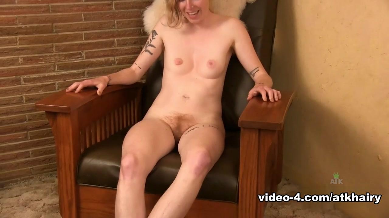 Nude gallery Hot milfs cumshots