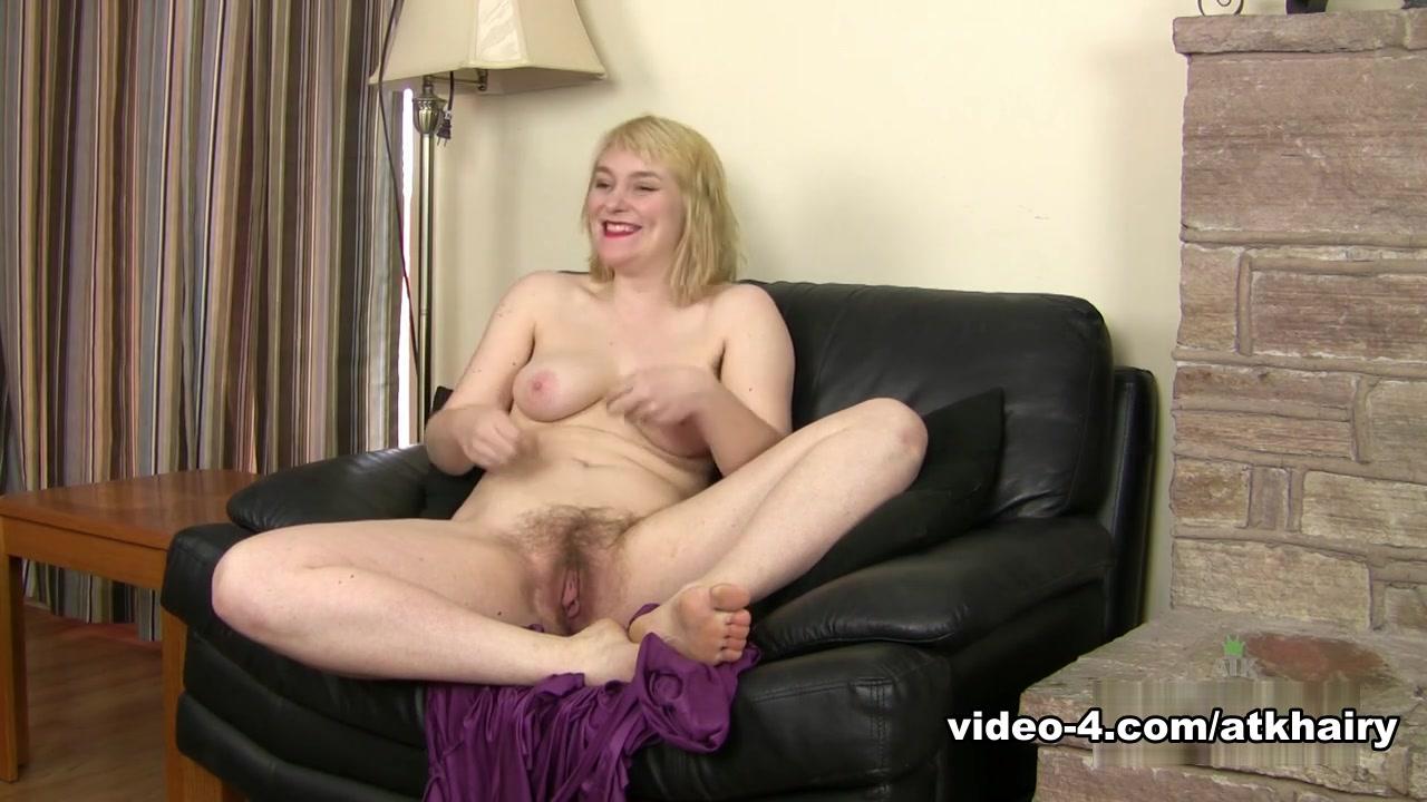 Boucing tities Porn clips
