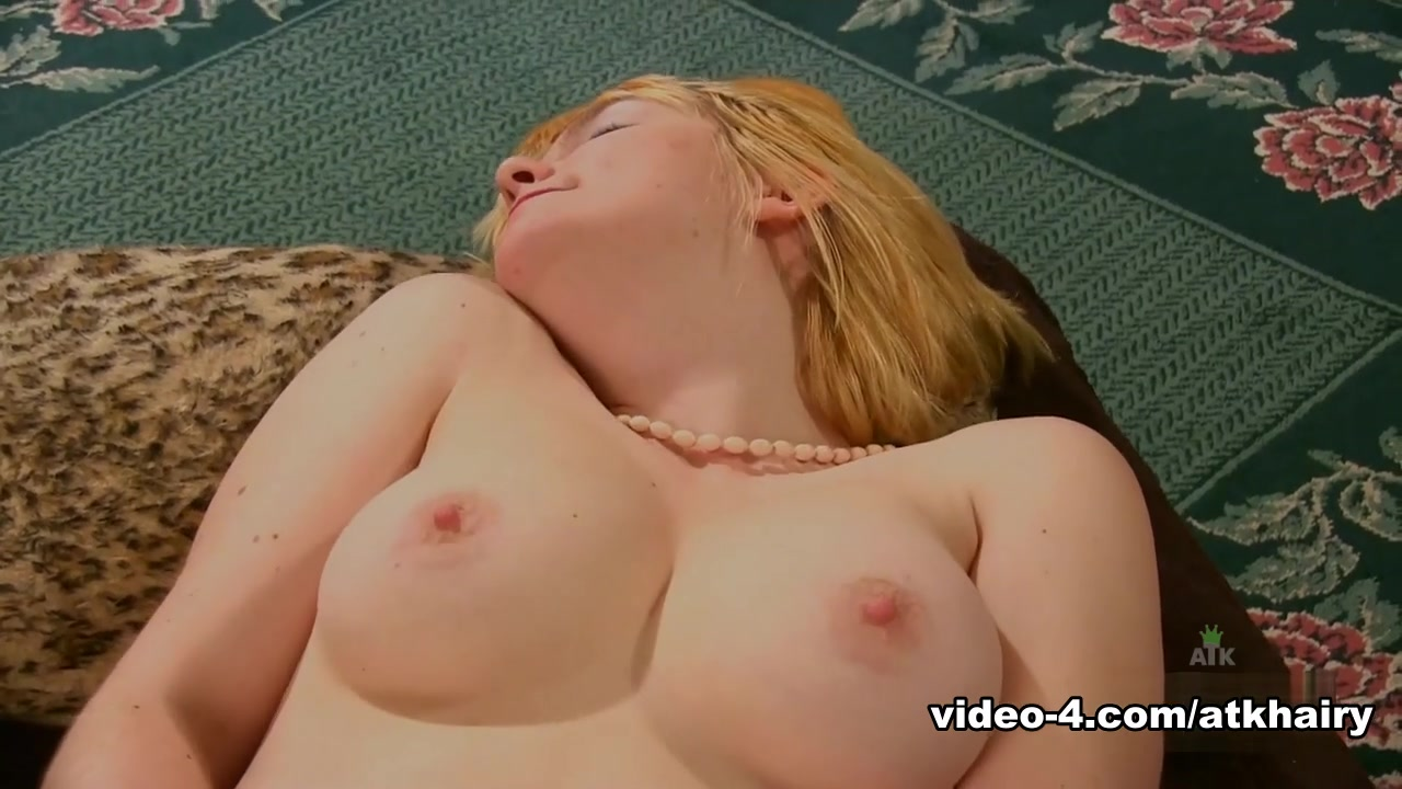 Naked Porn tube Slut wife elaine
