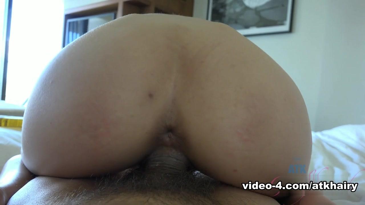 Quality porn Classy women in stockings