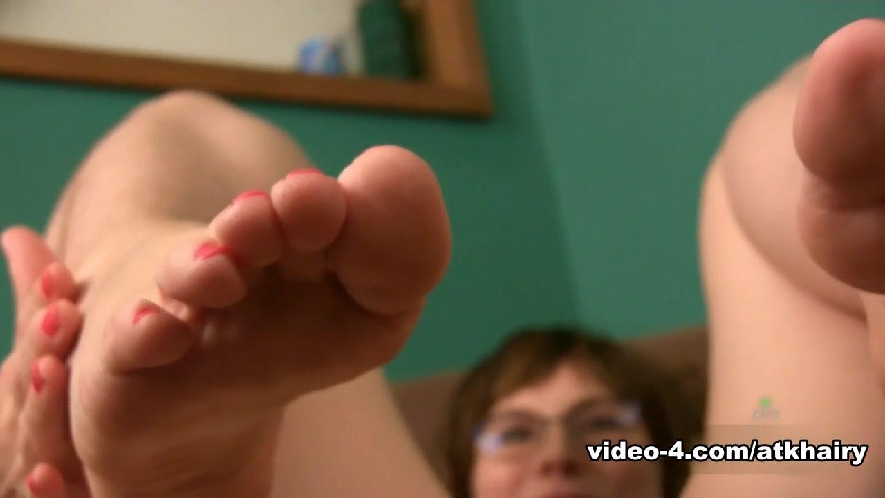 Skoda superb review uk dating Porn pic