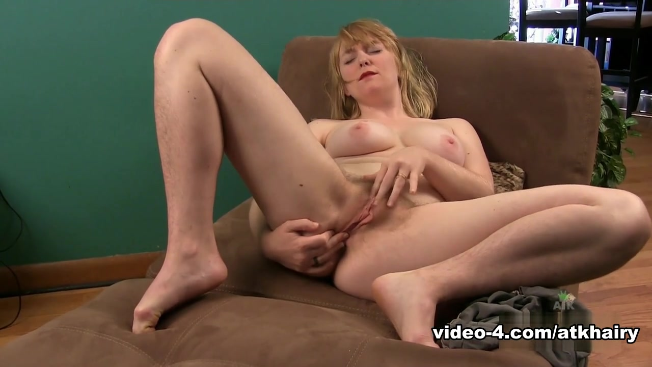 Horny pornstar in Incredible Solo Girl, Masturbation xxx scene Big Pussy With Hairy