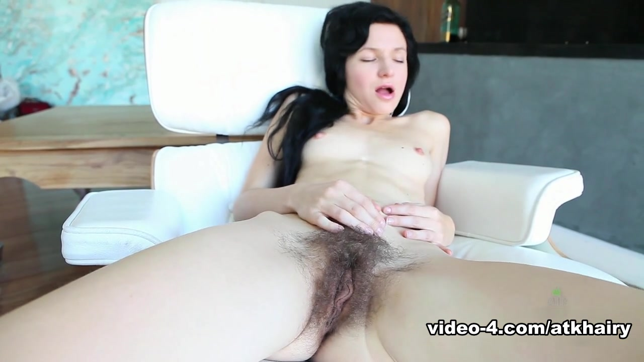 Big hairy women porn New xXx Pics