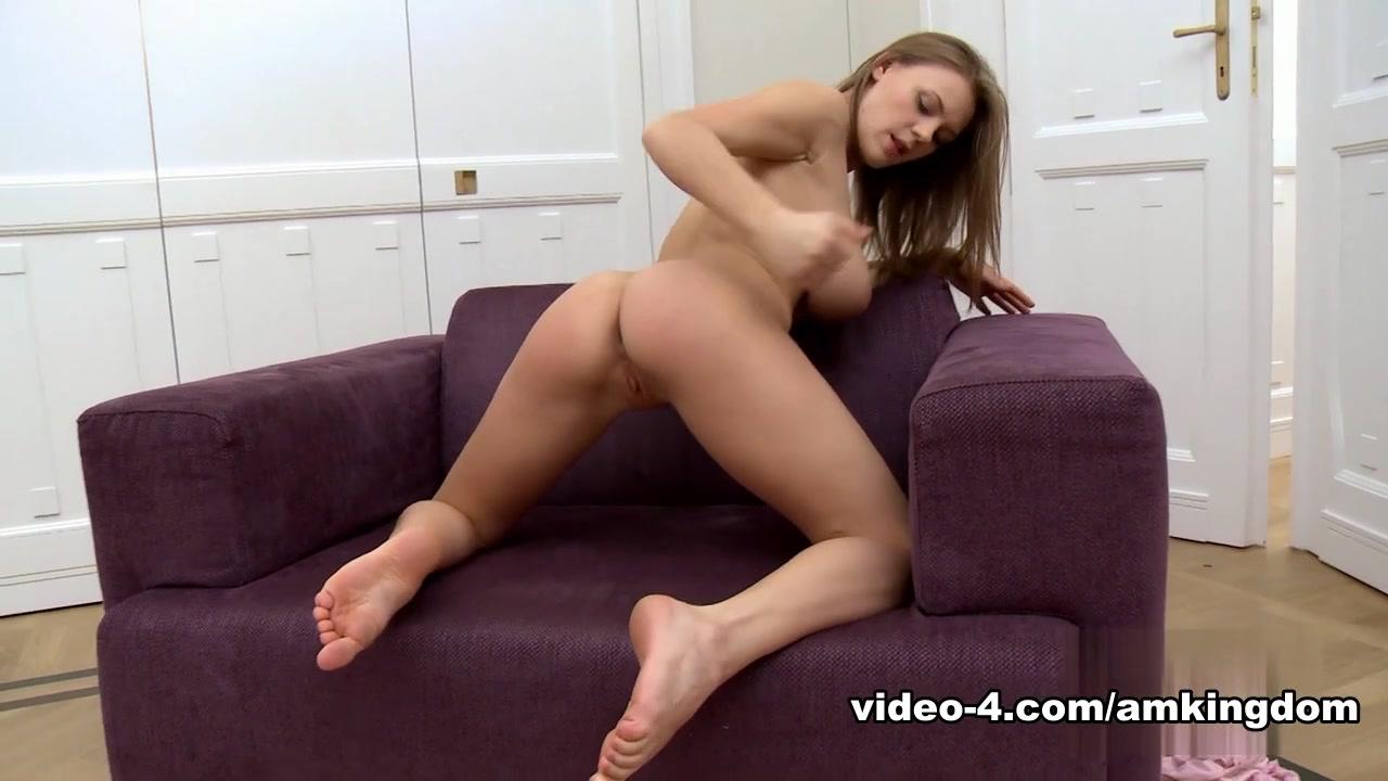 Porn Base Small girls xxx indians