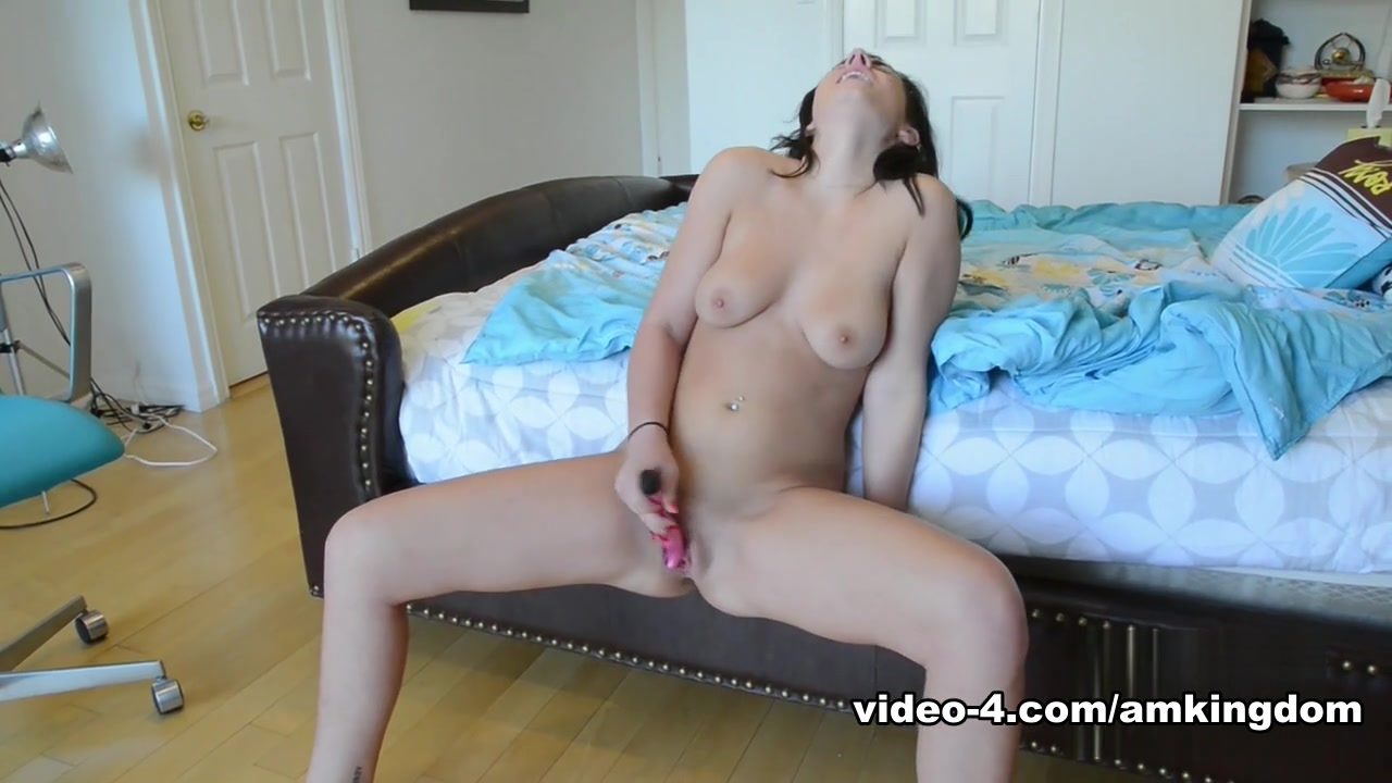 Tess taylor alexis neiers nude FuckBook Base