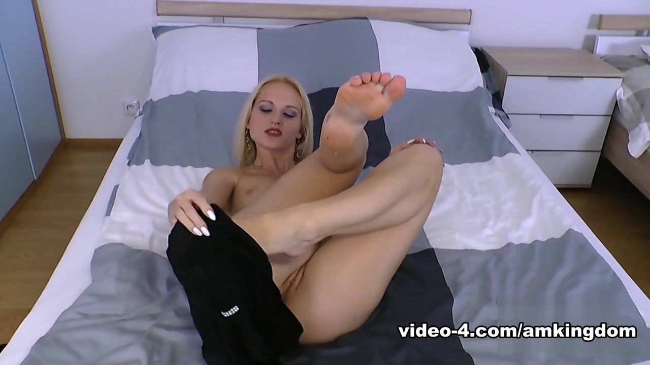 Female free masturbation solo video xXx Images