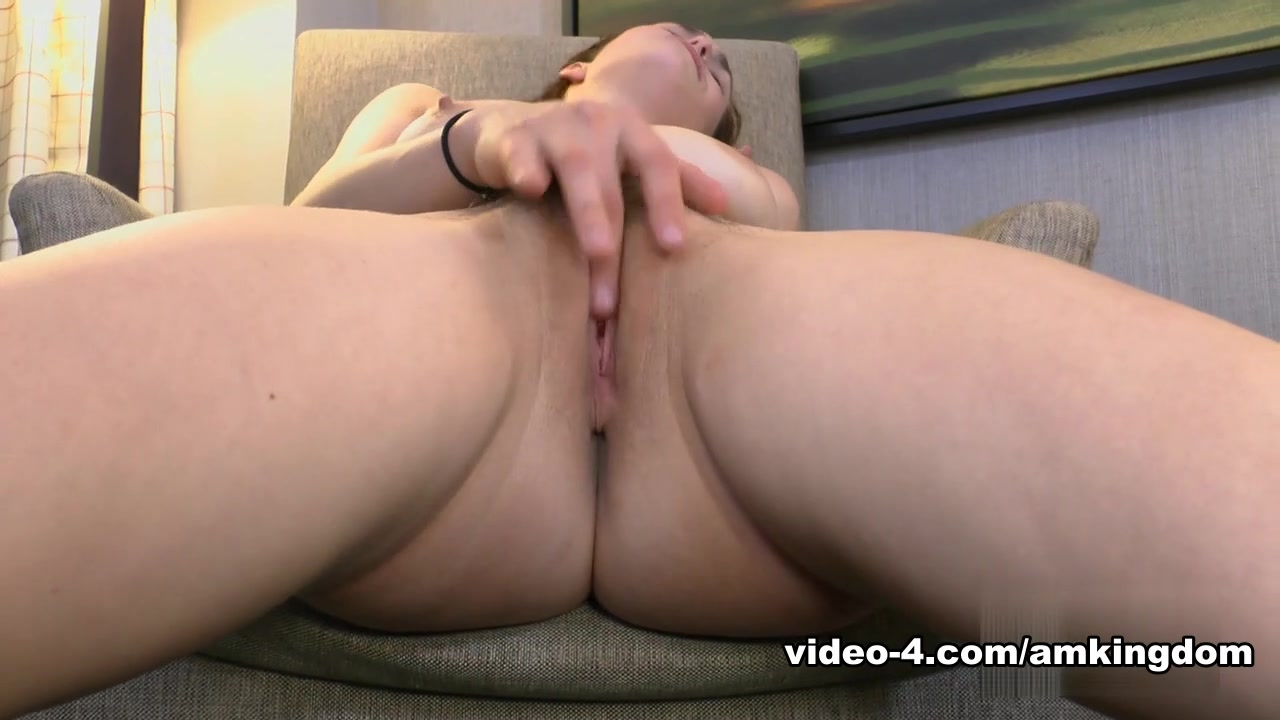 Naked xXx Hillary duff sexy fakes