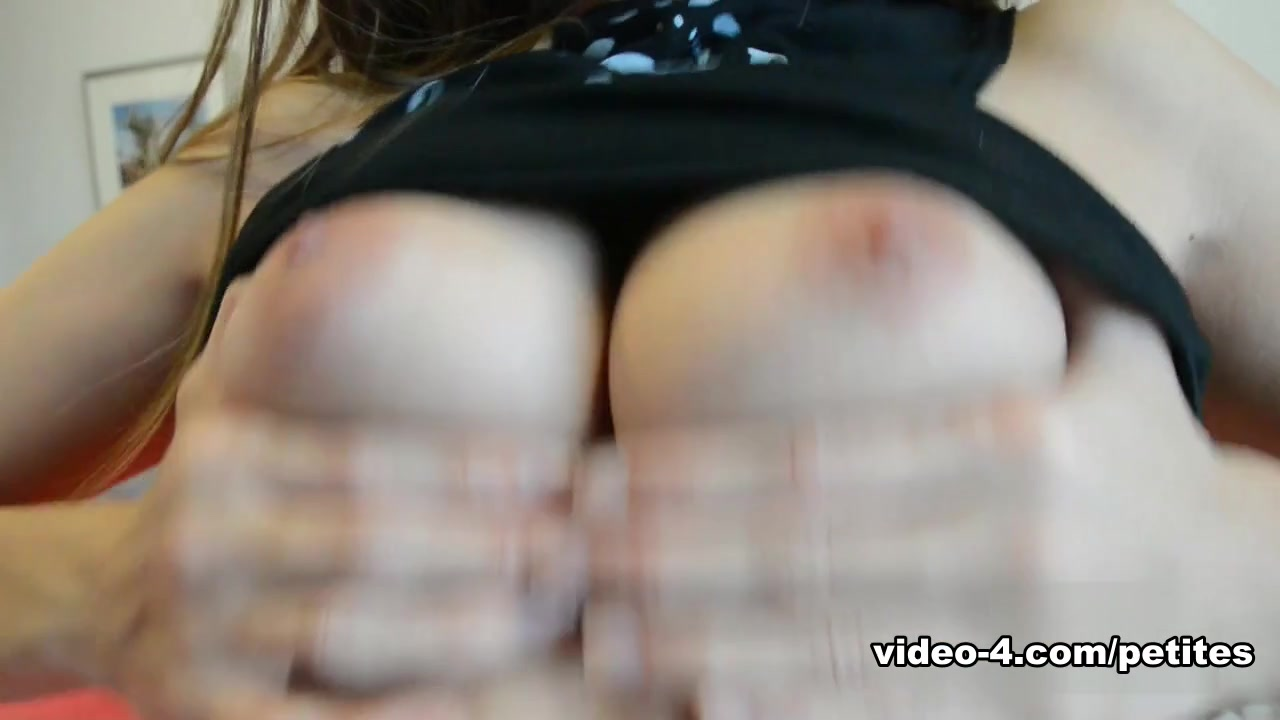 Sexy Video Skinny girl orgasm during sex