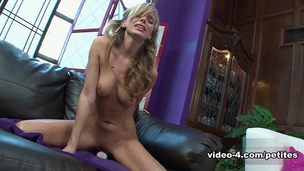Nude photos Hot pussy scene