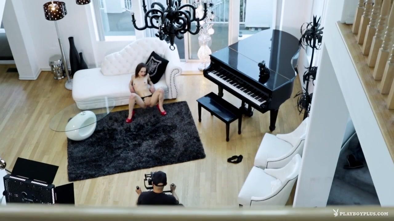 Ameteur teen nudes Naked Galleries